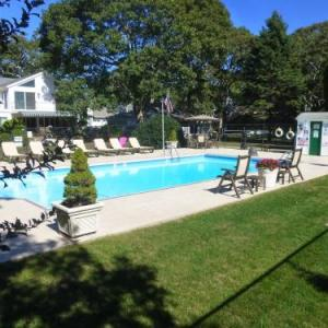Hotels near Veterans Memorial Park Vineyard Haven - Falmouth Heights Motor Lodge