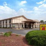 Super 8 by Wyndham Waycross GA