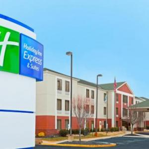 Hotels near Cowtown Rodeo Arena - Holiday Inn Express Carneys Point New Jersey Turnpike Exit 1