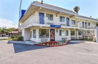 Motel 6 Pleasanton Image