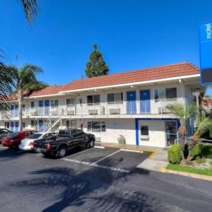 Gaslamp Restaurant and Bar Hotels - Motel 6 Los Angeles - Long Beach