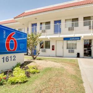 Casino Arizona Hotels - Motel 6 Scottsdale South