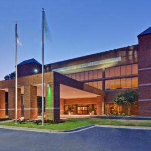 Hotels near The Bluff Memphis - Holiday Inn Memphis-University Of Memphis