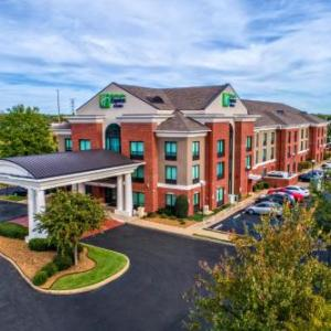 Mike Rose Soccer Complex Hotels - Holiday Inn Express Hotel & Suites Memphis Southwind