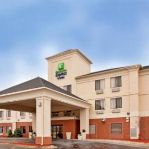 Holiday Inn Express & Suites Kansas City - Liberty (HWY 152)