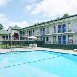 Motel 6-Gainesville GA