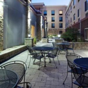Holiday Inn Express & Suites Aberdeen an IHG Hotel