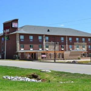 Hotels near WinStar Global Event Center - Red River Inn And Suites