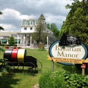 Bavarian Manor Country Inn & Restaurant - Bed And Breakfast