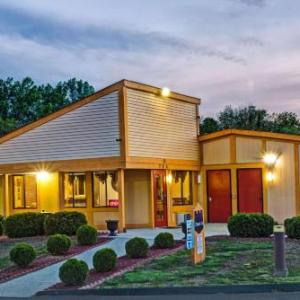 Hotels near Lebanon Mason Monroe Railroad - Knights Inn Lebanon