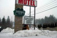 Emerald Isle Motel Image