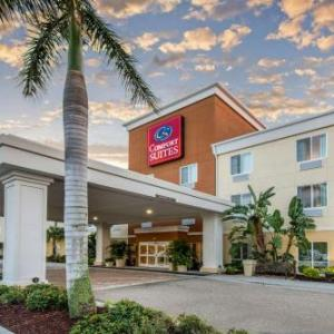 Hotels near White Buffalo Saloon - Comfort Suites Sarasota