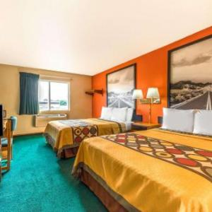 Hotels near Midway ISD Performing Arts Center - Super 8 By Wyndham Waco University Area