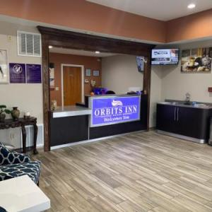 Hotels near Narrows Center for the Arts - Orbits Inn