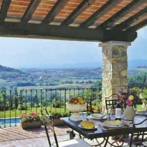Book Now Villa in Dicomano III (Dicomano, Italy). Rooms Available for all budgets. Set in Dicomano this villa is situated 26 km from Florence. You can relax by the seasonal outdoor pool in the garden in fair weather. Free WiFi is featured throughout the prop