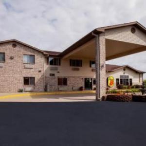 Jim Wink Arena Hotels - Super 8 By Wyndham Big Rapids