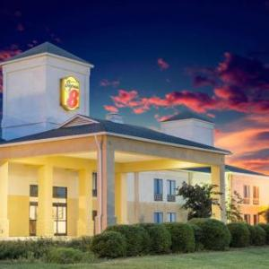 Hotels near Tanglewood Park - Super 8 Clemmons