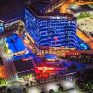 Hotels near Dallas Convention Center - Omni Dallas Hotel