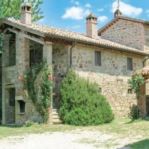 Book Now Holiday home Citta di Castello *LV * (Lugnano, Italy). Rooms Available for all budgets. Holiday home Città di Castello *LV * offers accommodation in Lugnano 46 km from Assisi and 31 km from Perugia. It provides free private parking.A fridge and a stovetop ca