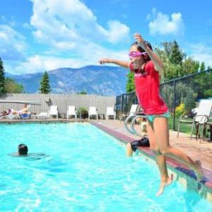 Hotels near Deepwater Amphitheater - Mountain View Lodge