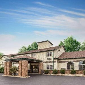 AmericInn and Suites Streator