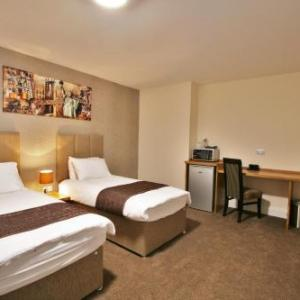 Hotels near Kingsholm Stadium - New County Hotel By Roomsbooked