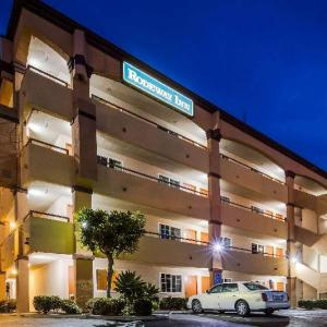 North Island Credit Union Amphitheatre Hotels - Rodeway Inn San Ysidro
