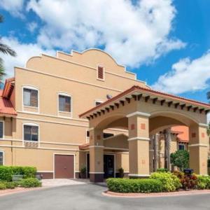Destination Daytona Hotels - Howard Johnson Ormond Beach At Destination Daytona