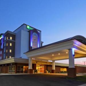 Hotels near James Brown Arena - Holiday Inn Express AUGUSTA DOWNTOWN