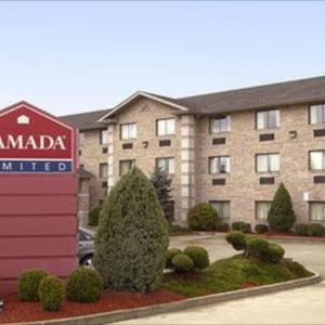 Hotels near Montgomery County High School - Ramada Limited/Conference Center-Mt. Sterling