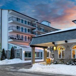Hotels near Niagara Falls Memorial Arena - Americas Best Value Inn And Suites-Chalet Inn
