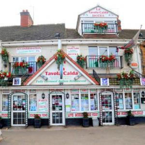 Hotels near Queen's Hall Nuneaton - La Tavola Calda Hotel
