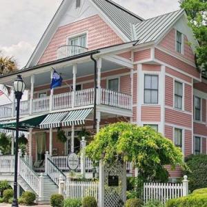 Saltus River Grill Hotels - The Beaufort Inn