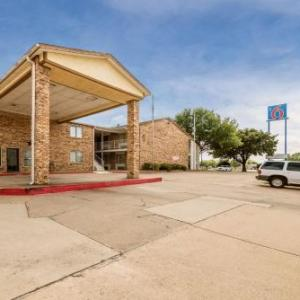Motel 6 Red Oak