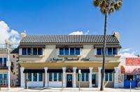 Newport Beach Hotel Image