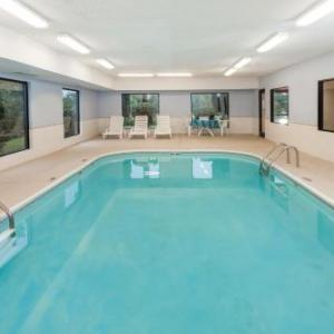 Super 8 Motel - Huntington