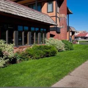 Hotels near Schmiggity's - Rabbit Ears Motel