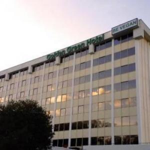 Golden Green Hotel - Charlotte
