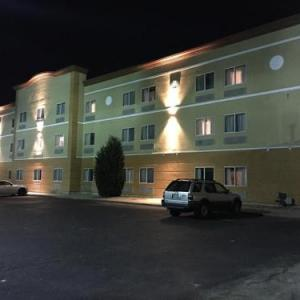 Ramada By Wyndham Glendale Heights/lombard