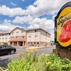 Super 8 Motel - Akron/green/canton Area