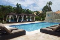 Oasis Resort Image