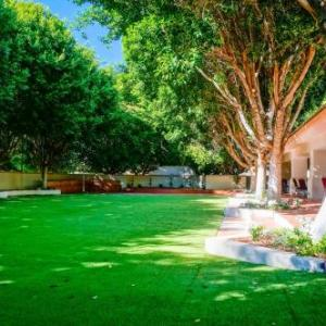 Hotels near Red Mountain Christian Center - Windemere Hotel & Conference Center