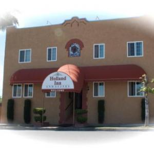 Holland Inn and Suites