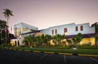 Montebello Villa Hotel Image