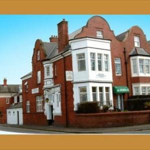 Newport Centre Hotels - The Knoll Guesthouse