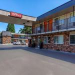 Econo Lodge Inn & Suites West Portland/Hillsboro