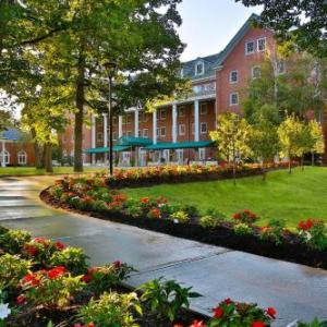 Hotels Near Saratoga Performing Arts Center Gideon Putnam Resort Spa