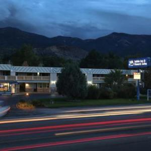 Salida Inn & Monarch Suites