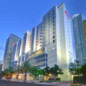 James L Knight Center Hotels - Hampton Inn & Suites Downtown Miami/brickell