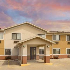 Super 8 By Wyndham Fond Du Lac